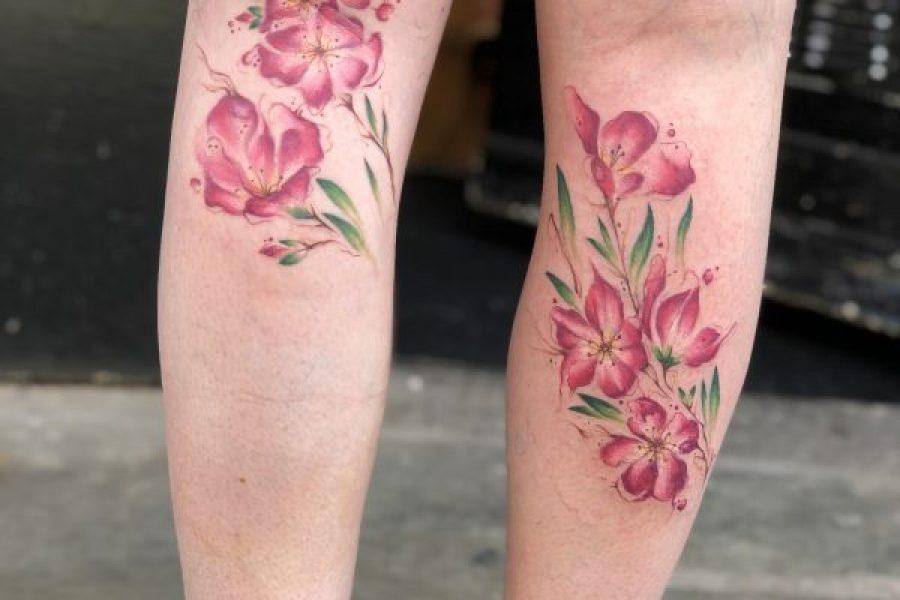 maikoonly_cheryblossom_legs_tattoo