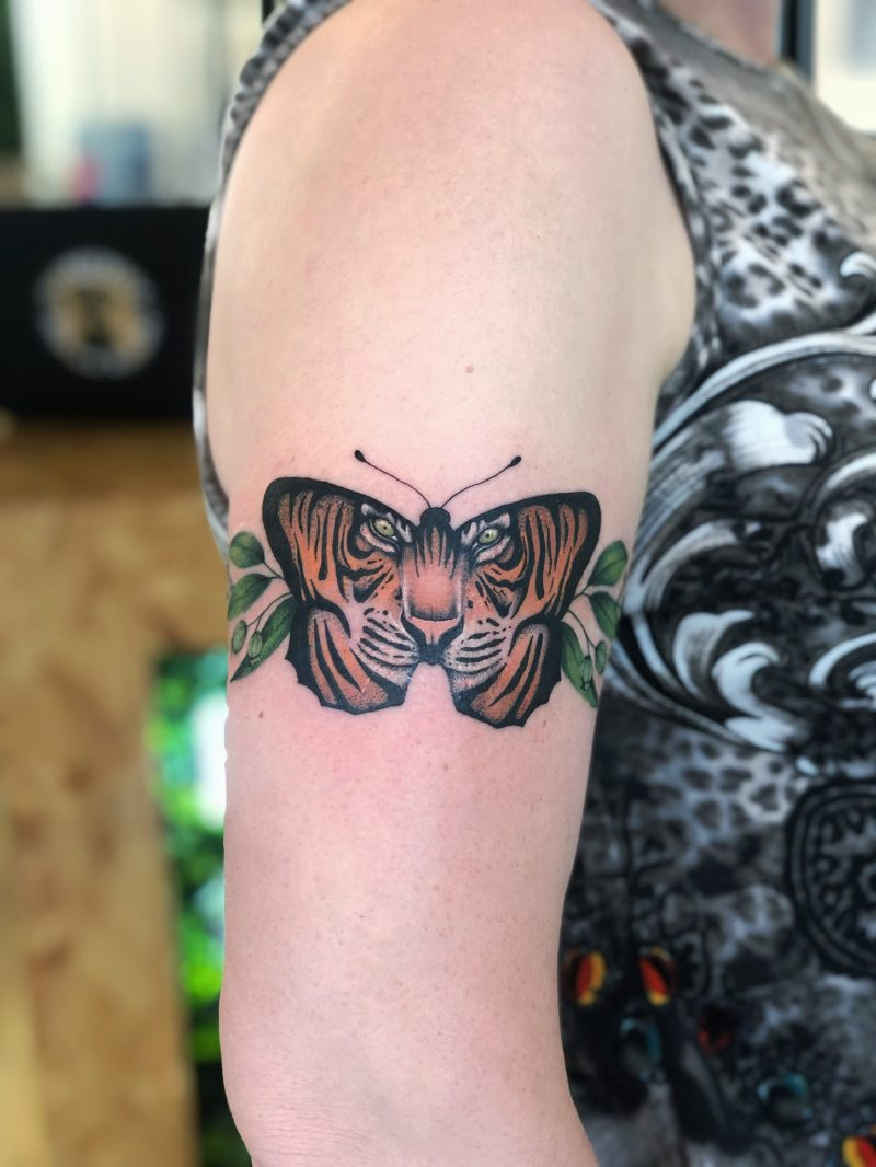 TATTOO – TIGER BUTTERFLY