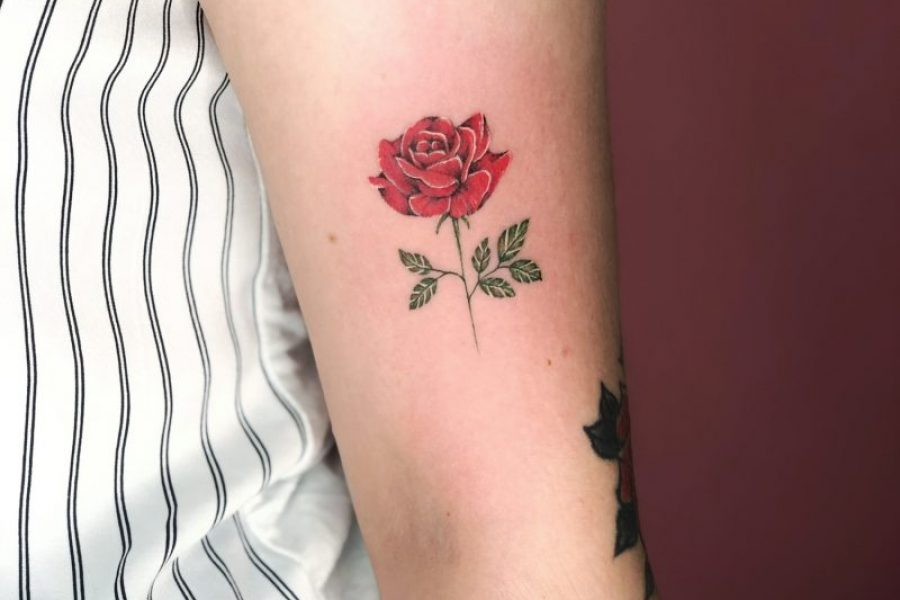 maikoonly_rose_small_tattoo
